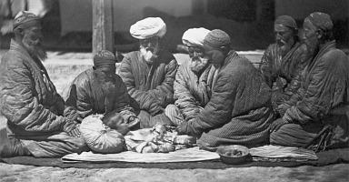 Foto rituálu mužské obřízky, Turkmenistánu (Střední Asie)